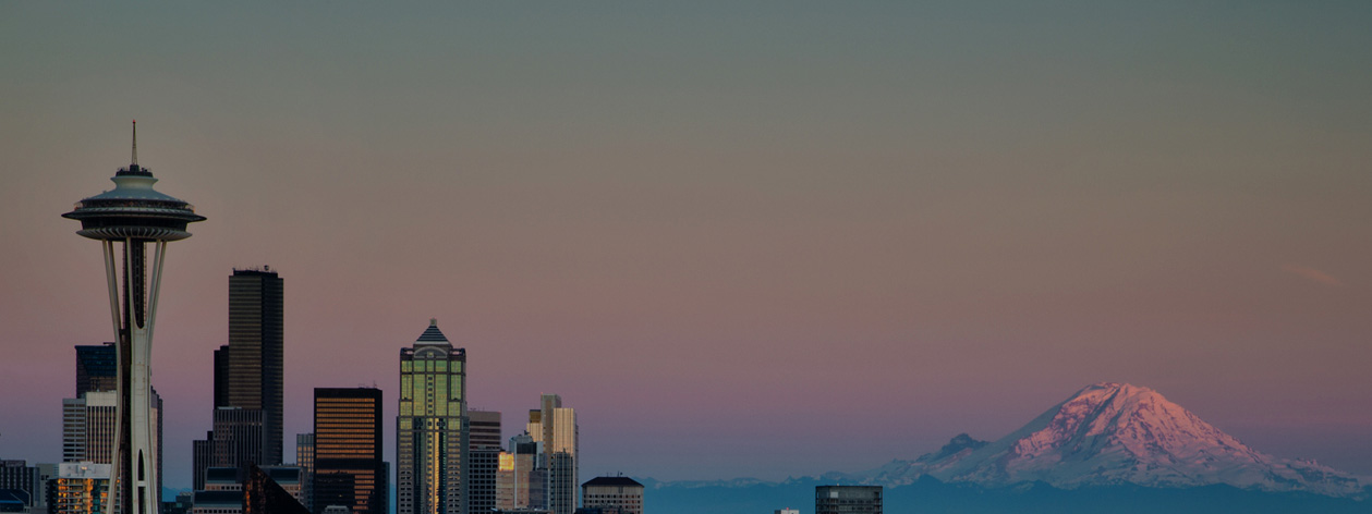 Seattle city skyline and Mount Rainier