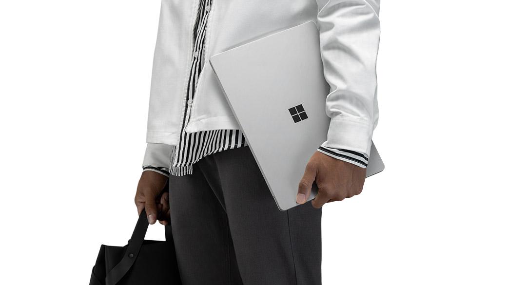 جهاز Surface Laptop 2 الجديد