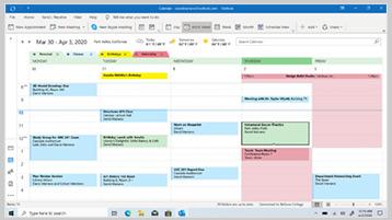 Календар на Outlook, показван на екрана