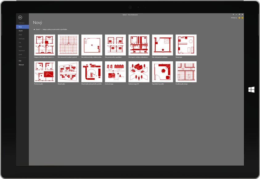 Tablet Microsoft Surface zobrazující seznam dostupných šablon půdorysů ve Visiu