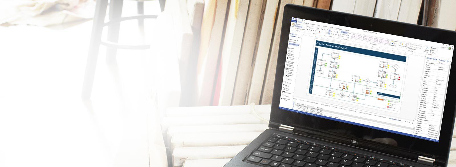 Přenosný počítač s Visio Pro for Office 365