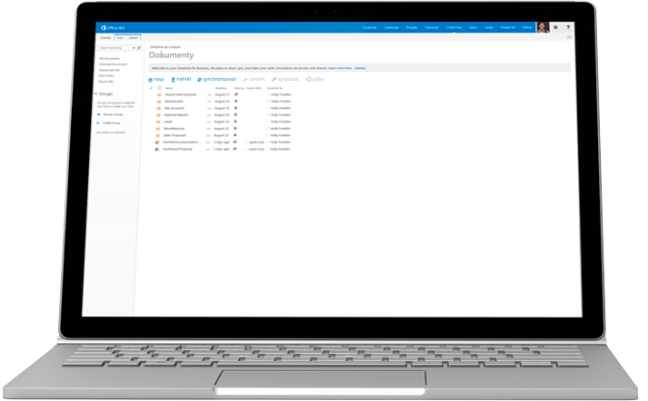 Přenosný počítač se zobrazeným seznamem dokumentů ve OneDrivu pro firmy