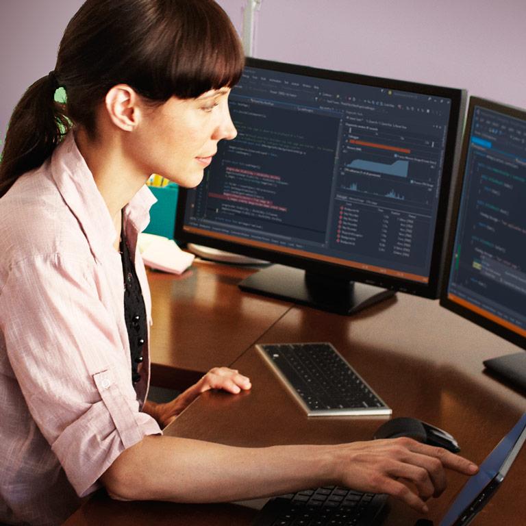 Vyzkoušejte si hned Visual Studio2015 RC.