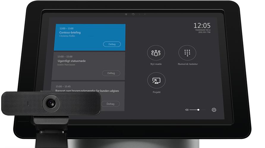Skærm på bærbar computer, der viser administrative værktøjer i Skype for Business Server