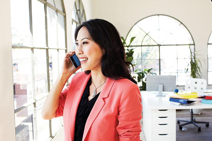 Kontakt Microsoft Dynamics via telefon