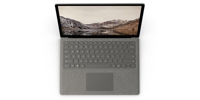 Surface Laptop i grafitguld set oppefra