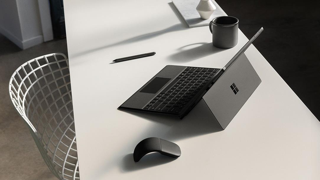 microsoft surface pro f r unternehmen microsoft surface. Black Bedroom Furniture Sets. Home Design Ideas