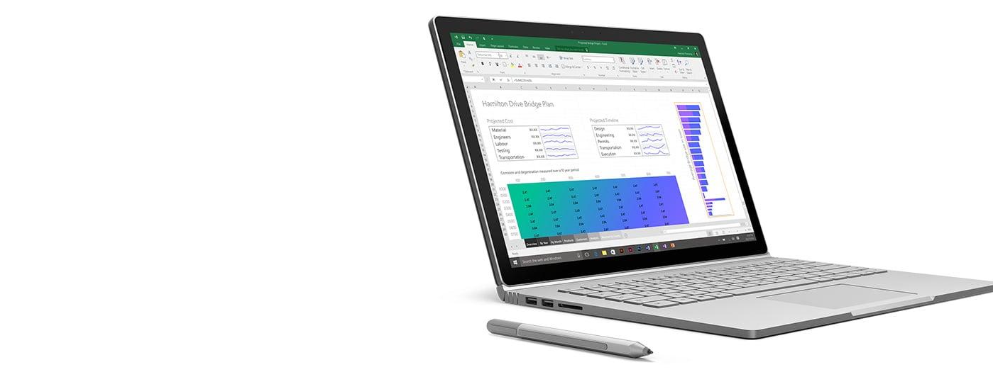 Surface Book mit Stift, mit geöffneter Excel-Anwendung auf dem Bildschirm.
