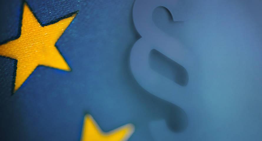 EU-Symbol mit Paragraphenzeichen