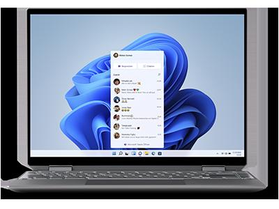 Ein Laptop-Bildschirm zeigt das Microsoft Teams Chat-Panel