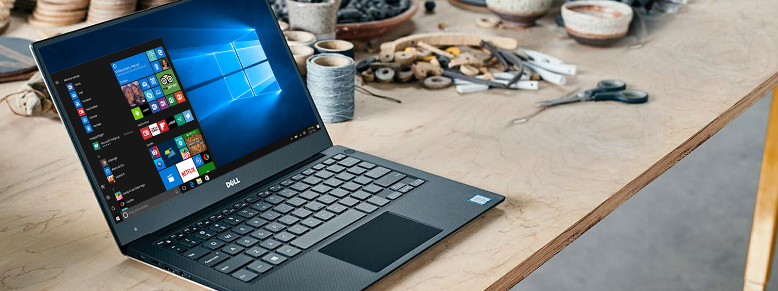Dell XPS 13 mit Windows 10-Startbildschirm