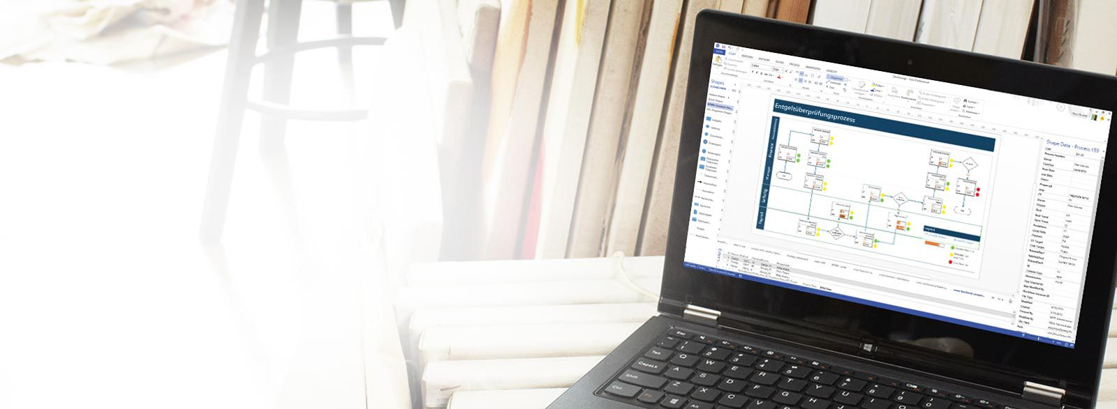 Ein Laptop mit Visio Pro für Office 365 in Aktion