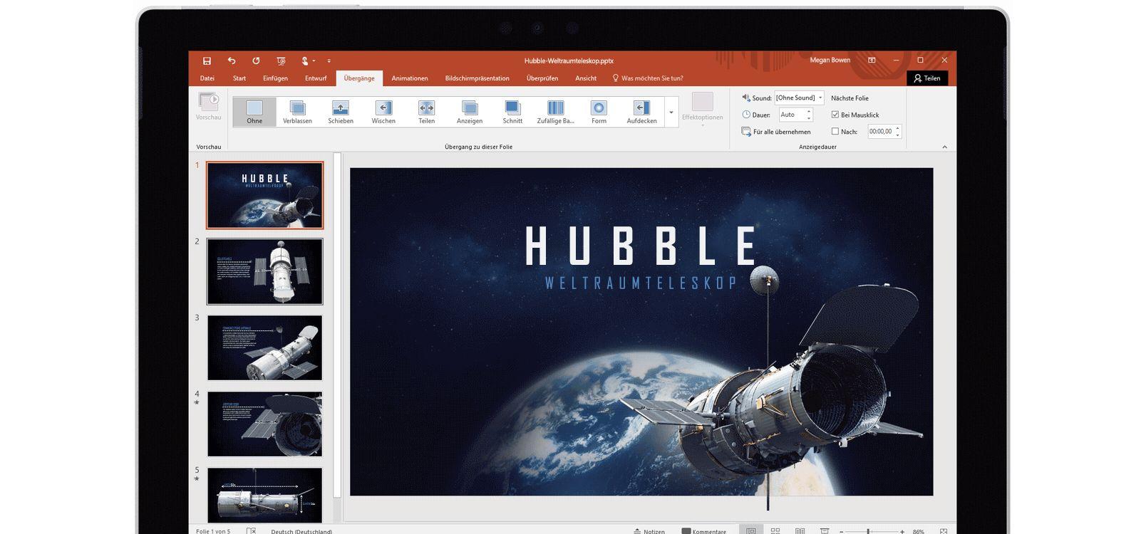 Tabletbildschirm, auf dem der Morph-Effekt in einer PowerPoint-Präsentation über Weltraumteleskope dargestellt wird