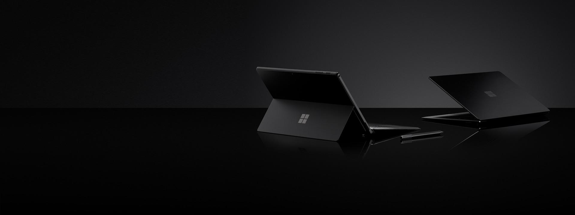 Schwarz Surface Pro 6, Schwarz Surface Laptop 2 und Schwarz Surface Pen