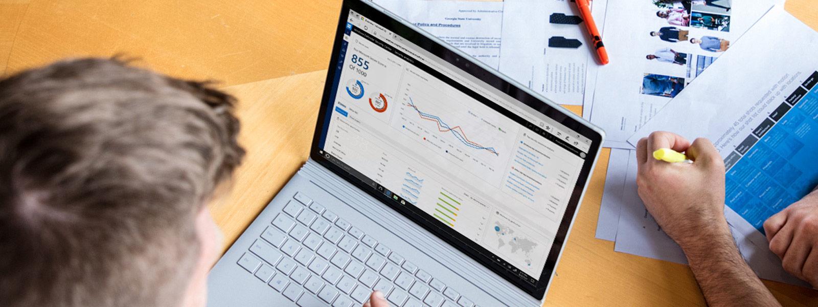 Windows Defender Center auf Laptopbildschirm
