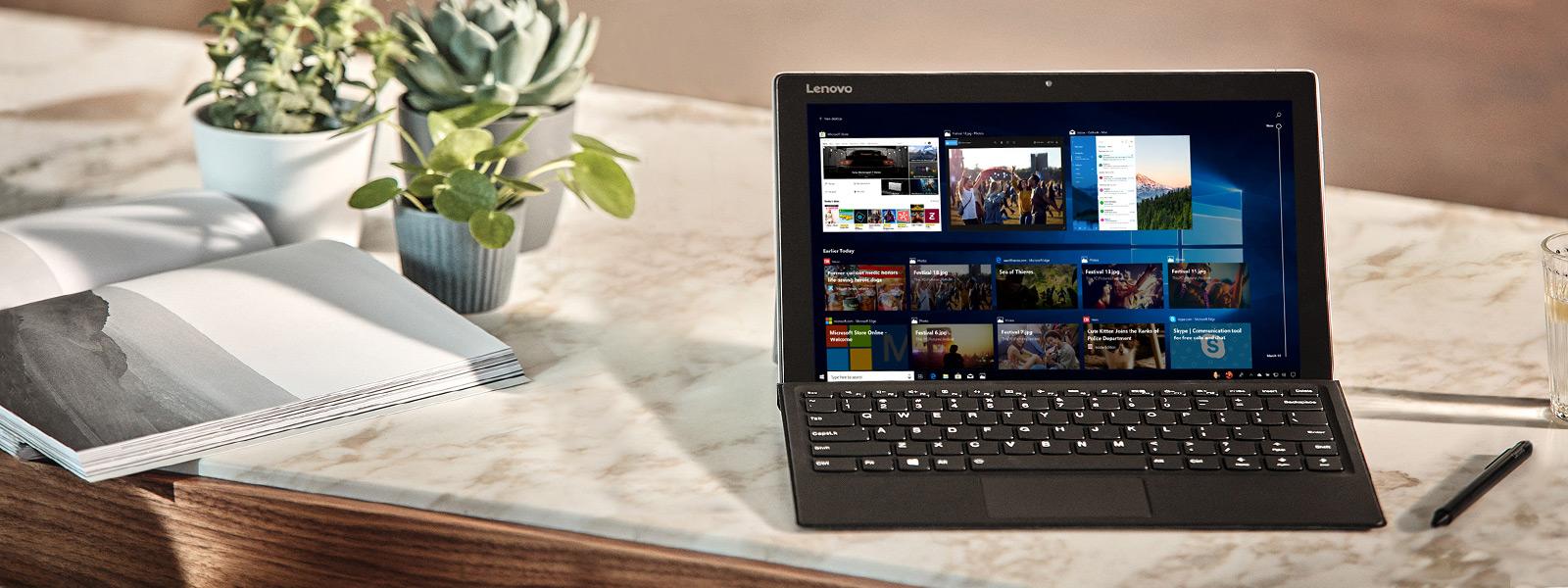 Οθόνη υπολογιστή παρουσιάζει δυνατότητες της ενημέρωσης Απριλίου 2018 των Windows 10