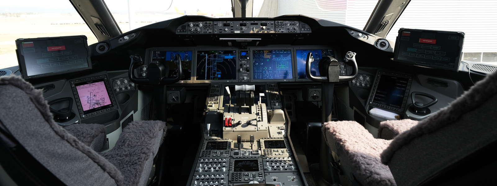 The cockpit of a Norwegian Airlines airplane
