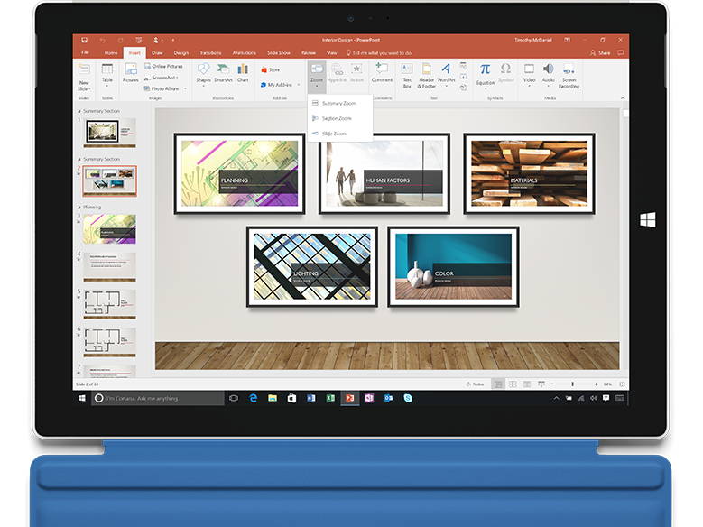 Zoom in PowerPoint on a laptop