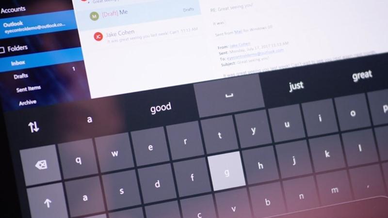 Keyboard overlay on screen