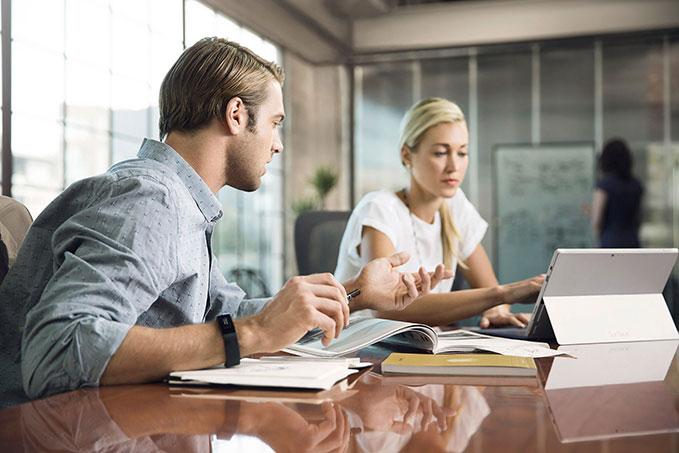Collaborative HR software
