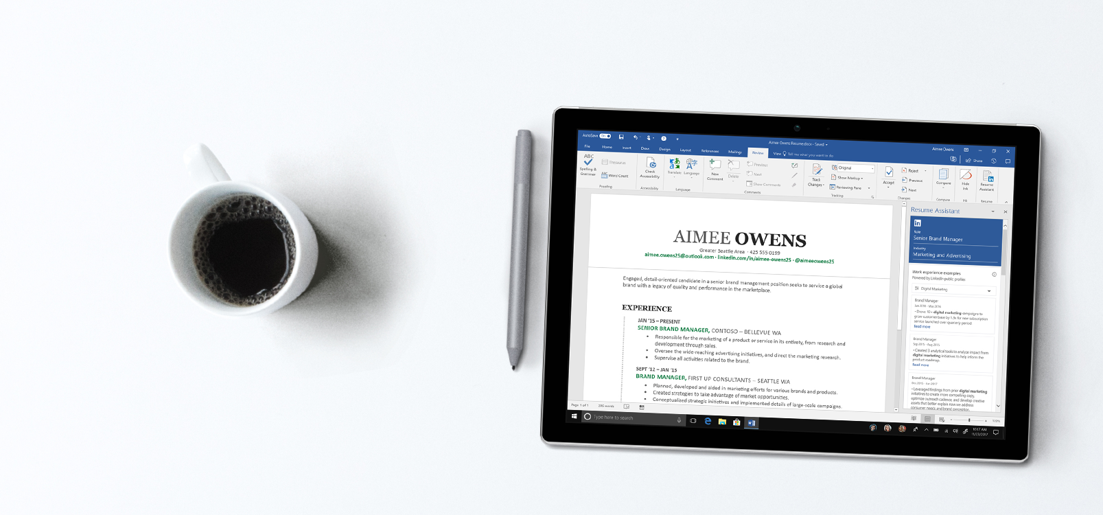 Tablet screen showing Word with Resume Assistant bar on the right with resume examples