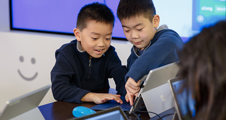 Beginners computer camp at Microsoft Store