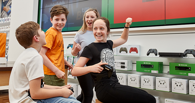 Free camps and workshops at Microsoft Store