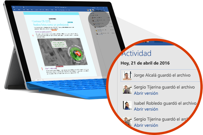 Tableta en la que se muestra el historial de versiones de un documento en Office 365.