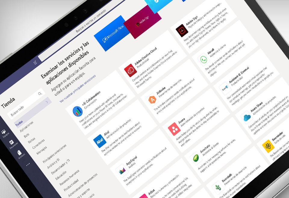 Pantalla de un equipo portátil donde se muestra la aplicación Microsoft Teams