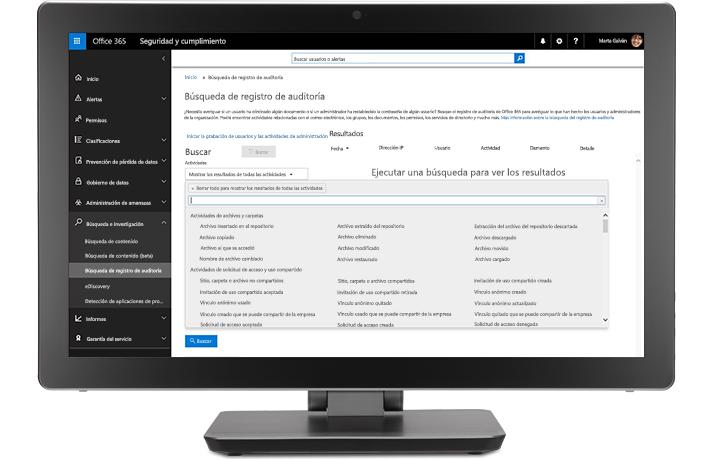 Monitor en el que se muestran tareas de auditoría y de creación de informes en las soluciones de cumplimiento de Office 365