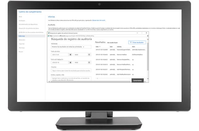 Un monitor que muestra una ventana de búsqueda de registro de auditoría en el Centro de cumplimiento