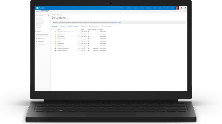 Un portátil en el que se muestra una lista de documentos en OneDrive para la Empresa.