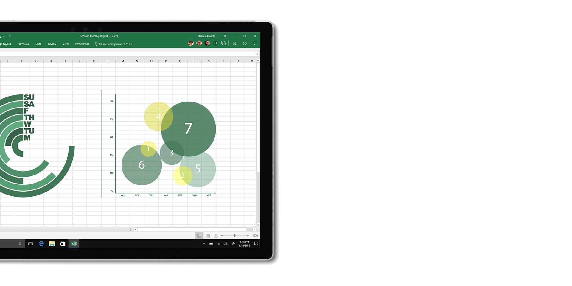 La app Excel que se muestra en la pantalla de un SurfaceBook2 desconectado del teclado.
