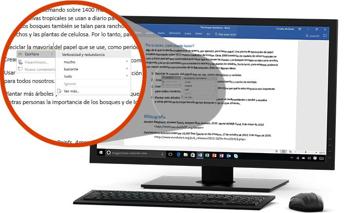 Un monitor de un equipo PC donde se muestra un documento de Word con un primer plano de la característica Editor que sugiere cambiar una palabra en una frase