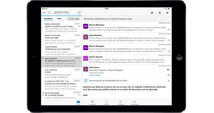 Una tableta en la que se muestra una bandeja de entrada sin publicidad con Office 365.