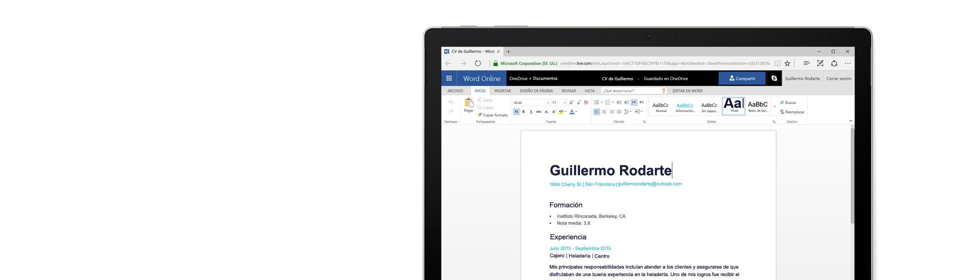 Pantalla de un equipo donde se muestra un currículum diseñado en Word Online
