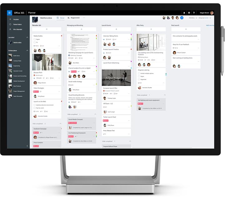 Sülearvuti, kus on näha Microsoft Planneri kasutamine meeskonna ülesannete ja teabe haldamisel.
