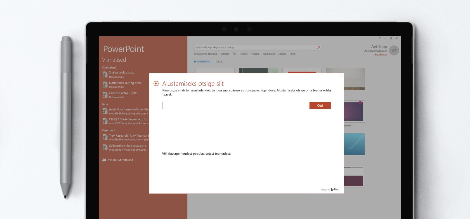 Tahvelarvuti ekraan, kus on kujutatud kiiralustuse funktsiooni kasutamist PowerPointi esitluses