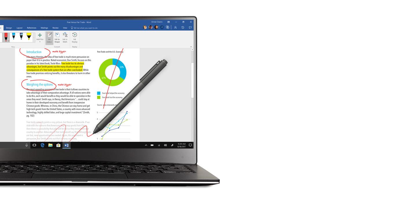 Windows 10 -kannettava, jonka näytöllä Word-näkymä