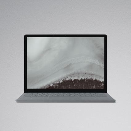 Platinanvärinen Surface Laptop