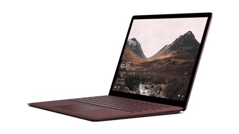 Alcantara®-näppäimistöllä varustettu Surface Laptop.