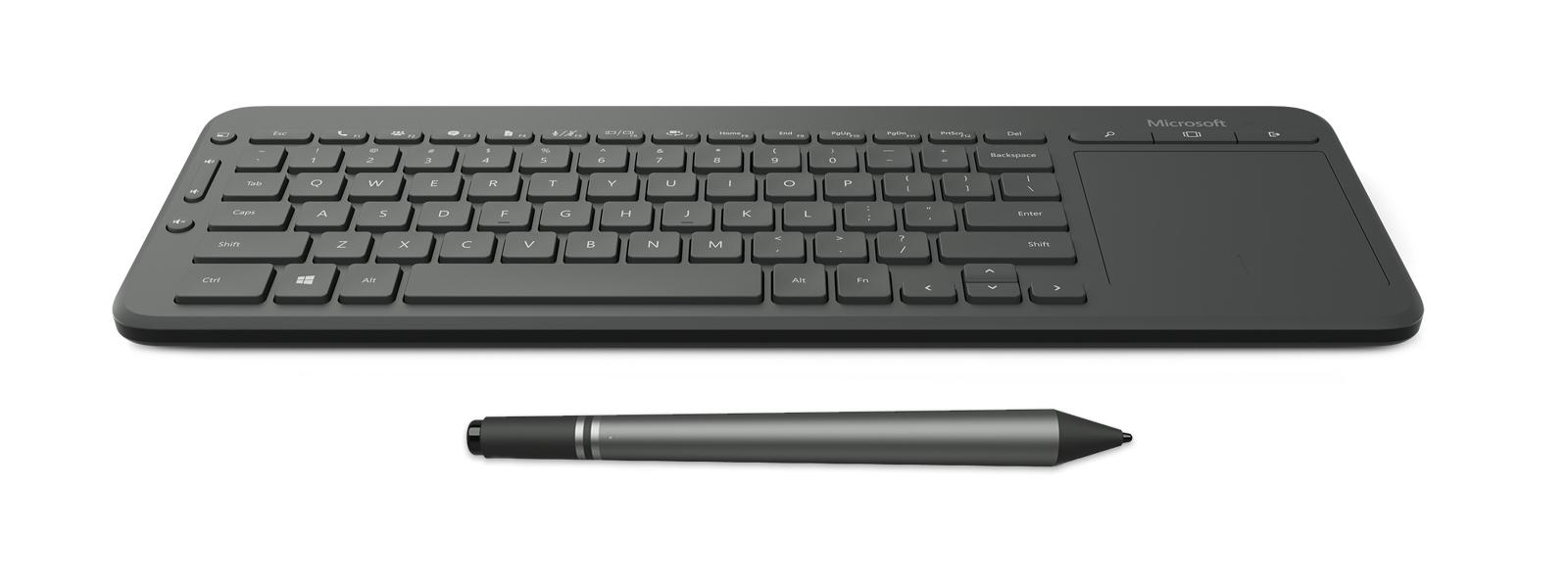 Surface Hubin mukana tuleva näppäimistö ja kynä.