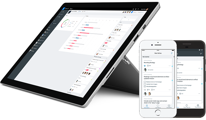 Smartphone et tablette affichant l'état des tâches dans le Planificateur Microsoft.