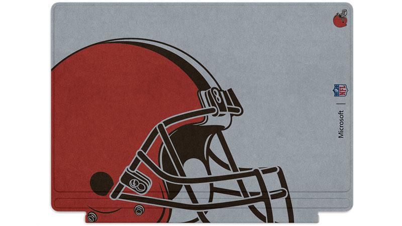 Logo des Browns de Cleveland imprimé sur un clavier Surface Type Cover