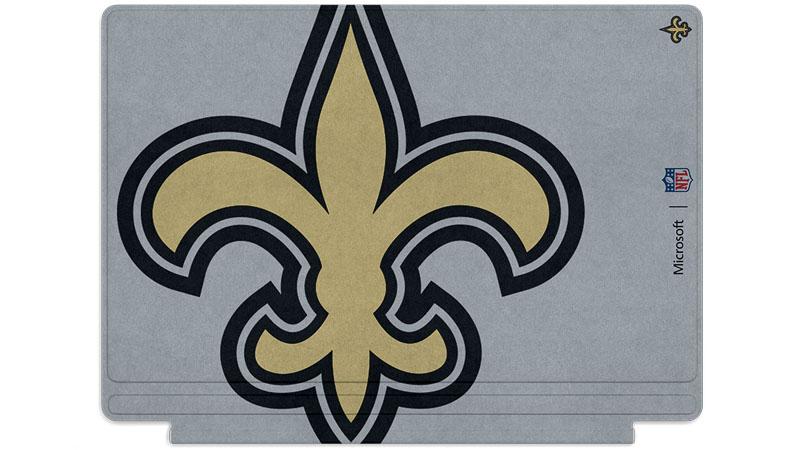 Logo des Saints de la Nouvelle-Orléans imprimé sur un clavier Surface Type Cover