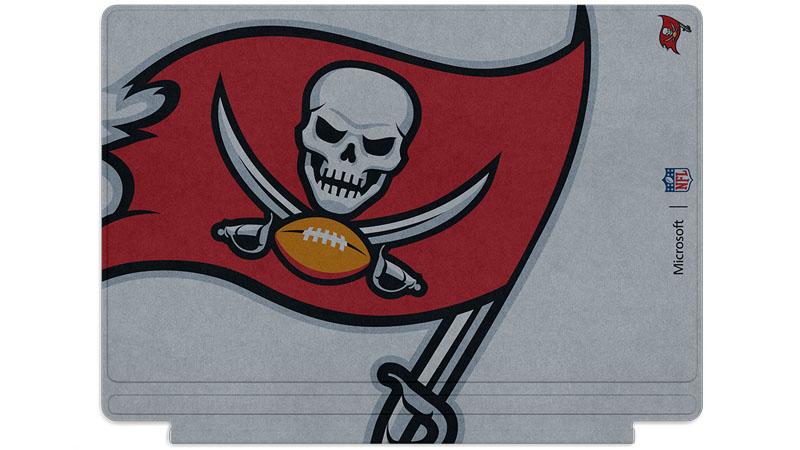 Logo des Buccaners de Tampa Bay imprimé sur un clavier Surface Type Cover