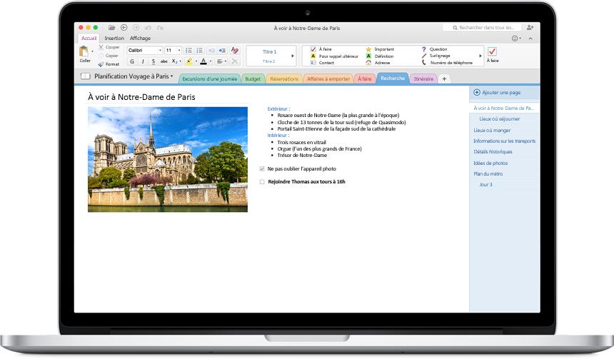 MacBook montrant un bloc-notes ouvert dans le nouveau OneNote pour Mac.