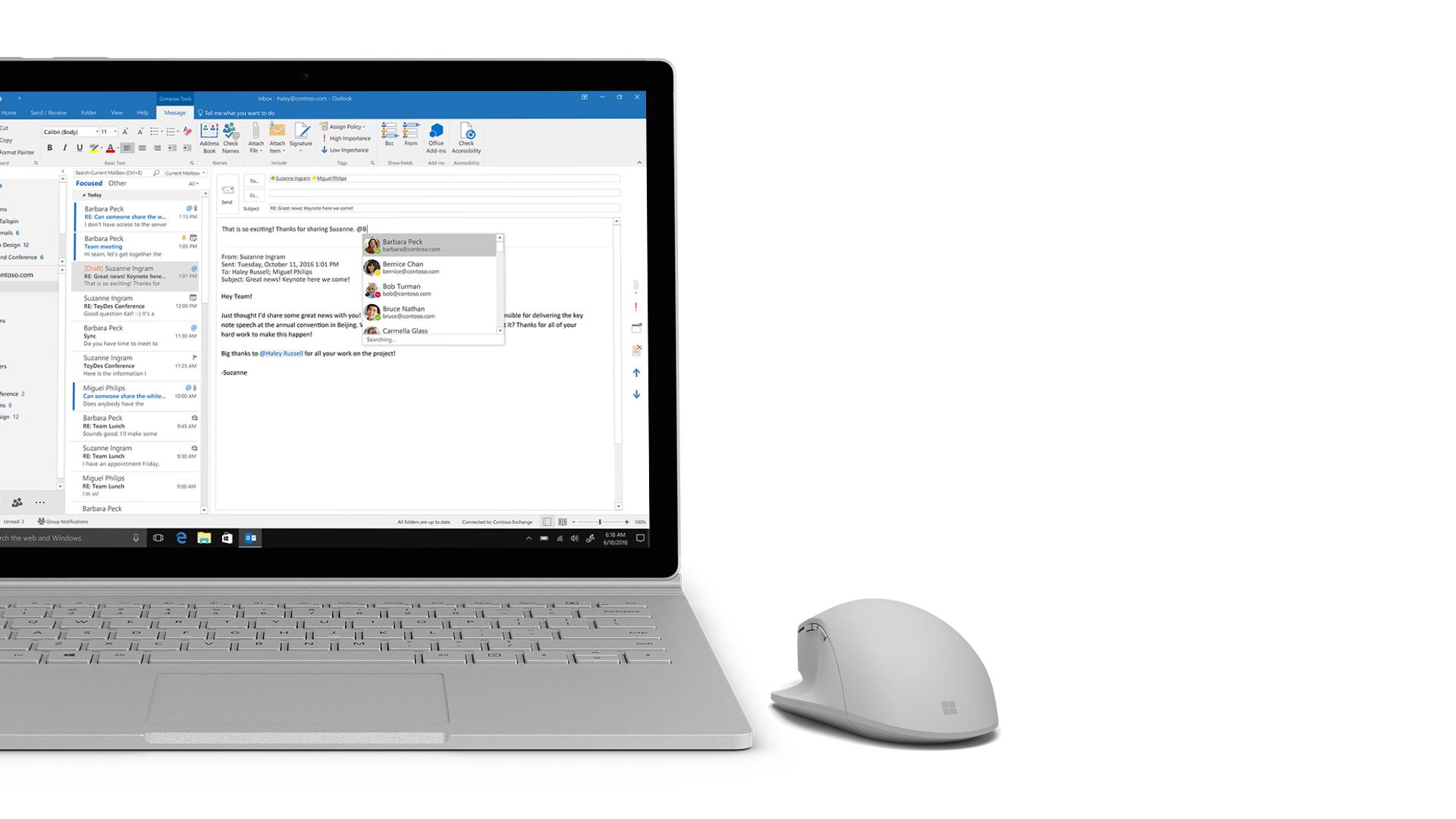 Écran d'Outlook sur une Surface.