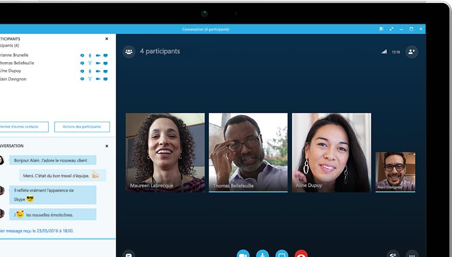 Tablette Surface affichant une réunion en ligne Skype Entreprise
