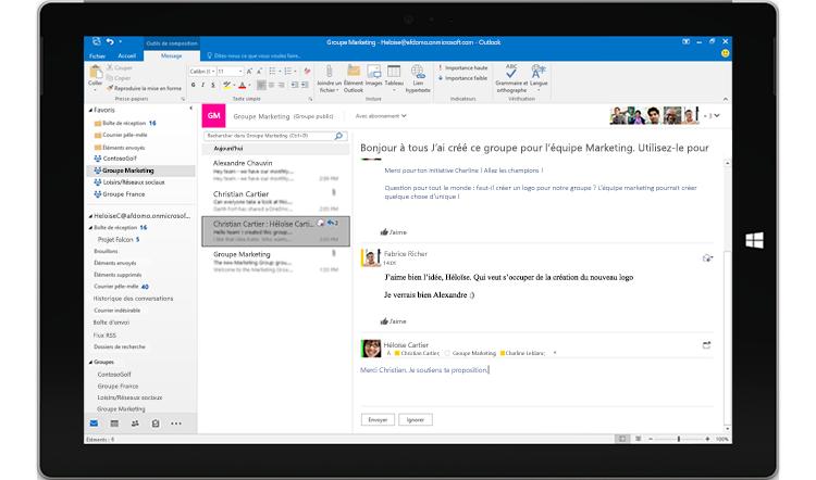 Écran de tablette affichant une conversation de groupe dans Outlook
